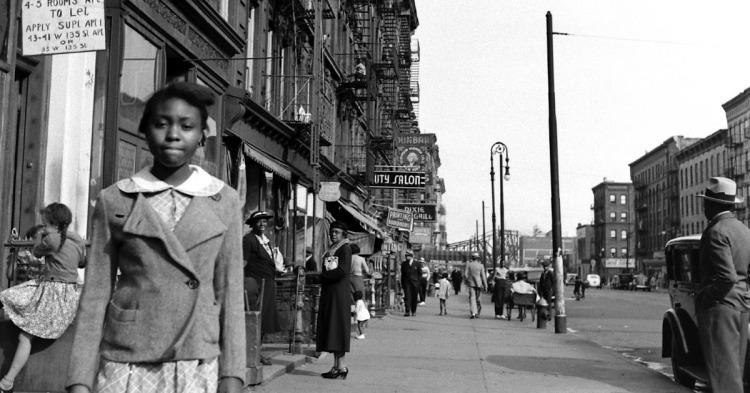 Harlem Street Life in the 1930s (1)